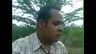 सुनीता को खेत में चोदा