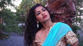 Desi Bhabi Maya Rati In Hindi Song – Maya