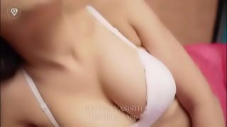 Indian girl romance and show her super hot body