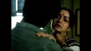 Rakhee Love Making Scene – Paroma – Classic Hindi Movie (360p)