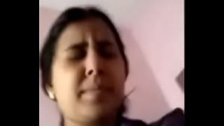 Shy Mallu lady shows her boobs