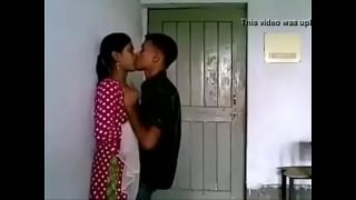 VID-20170724-PV0001-Thakurli (IM) Hindi 19 yrs old unmarried girl boobs sucked by her neighbour lover sex porn video